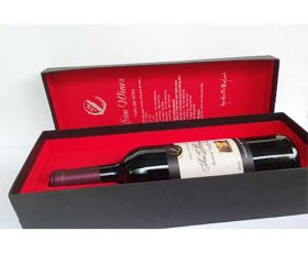 Rượu vang sim Măng Đen đặc sản vùng núi Kon Tum